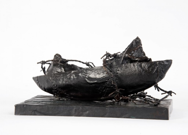 Beatrice Magalotti_Stormy Passage_Bronze_13x27x10.5cm