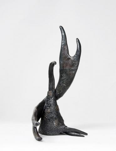 Beatrice Magalotti_Seated Valkyrie_Bronze_19 x 34 x18 cm